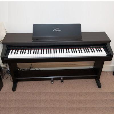 Đàn piano điện yamaha Clavinova CLP 250 hiện nay giá bao nhiêu