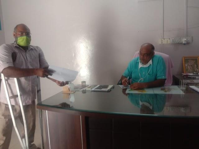 रीट भर्ती में दिव्यांग जनों को चार प्रतिशत आरक्षण देने को लेकर मुख्यमंत्री के नाम ज्ञापन सौंपा