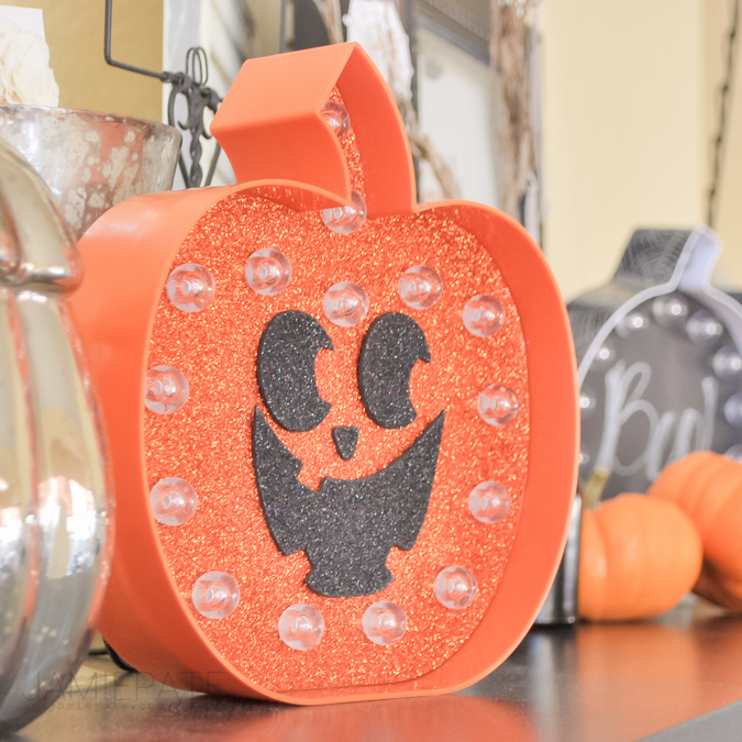 Marquee Love for Kids   Crafting with kids for Fall or Halloween is so fun and easy with these Heidi Swapp Marquee Love Kits.  @jamiepate