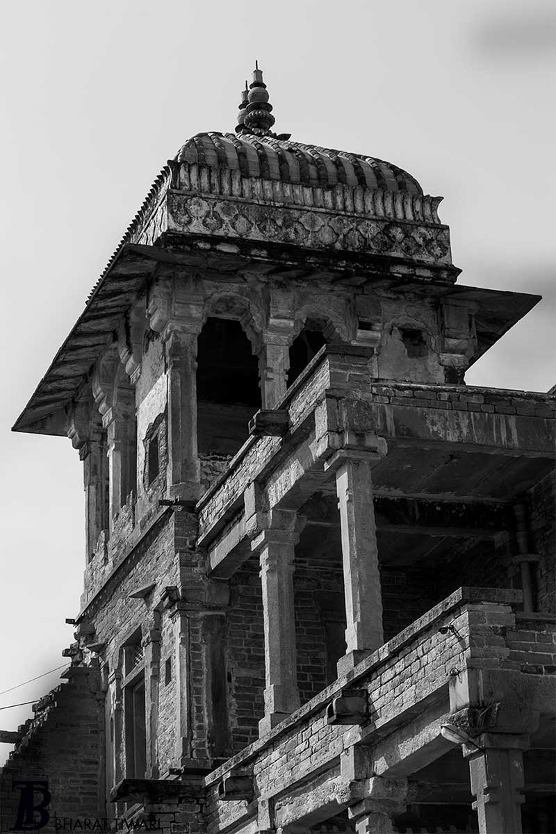 Chanderi — Burj at Raja Rani Mahal — Photo © Bharat Tiwari