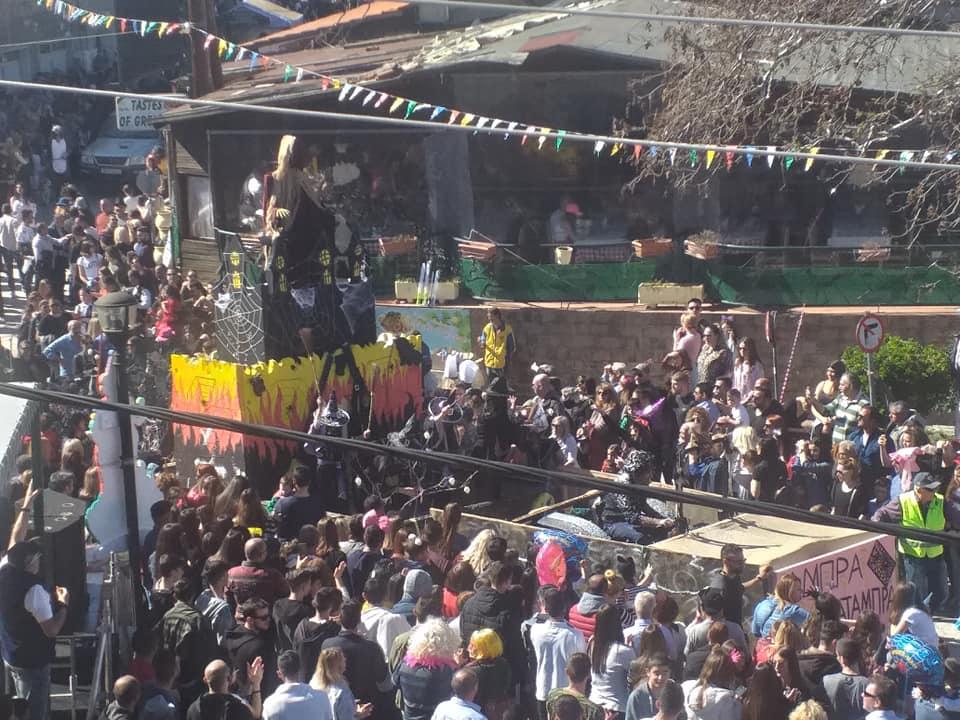 Δεκάδες καρναβαλιστές ξεφάντωσαν στο  Καρναβάλι Πολυχρόνου 2019