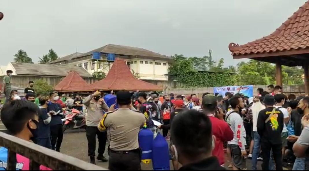 Polisi Bubarkan Acara Lomba Burung Berkicau di Sawahgede Cianjur