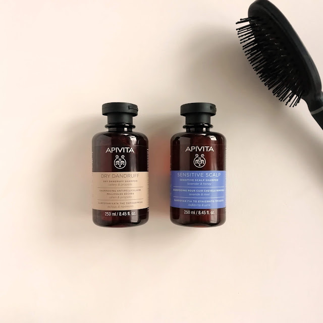 Champús Apivita sensitive scalp y dry dandruff