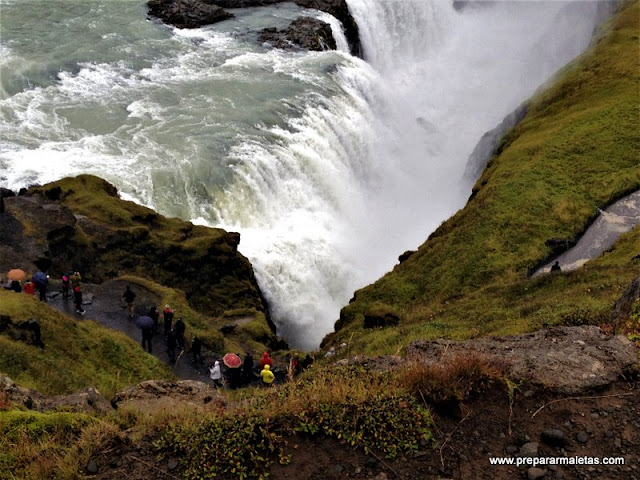 Gullfoss cascada imprescindible en Islandia