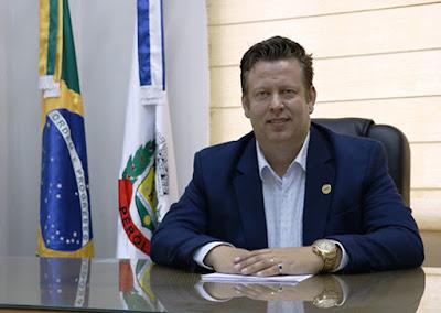 Prefeito Darlan Scalco, de Pérola (PR). Café com Jornalista