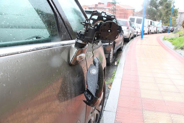 Destrozos en un vehículo en Rontegi