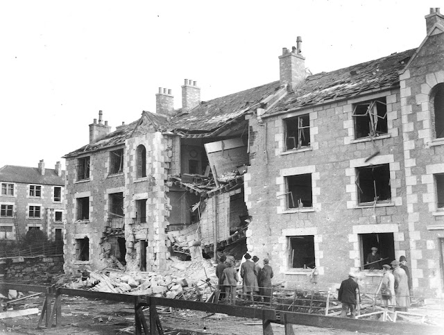 4 November 1940 worldwartwo.filminspector.com Wellington Road Blitz damage