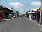 #24JAMDIYOGYAKARTA: Ketika Perhatian Pacarmu Tidak Sehangat Senyuman Mas-Mas Burjo