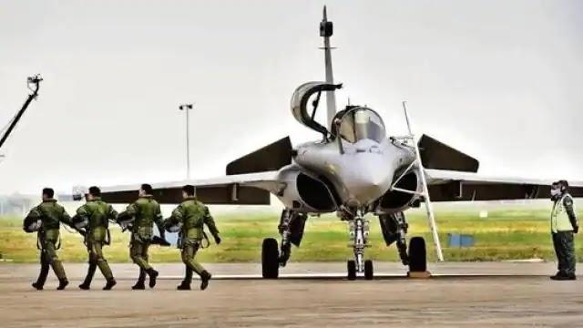 फ्रांस से भारत आएंगे 4 और राफेल लड़ाकू विमान, 101 स्क्वाड्रन को फिर से जिंदा करने के लिए IAF तैयार