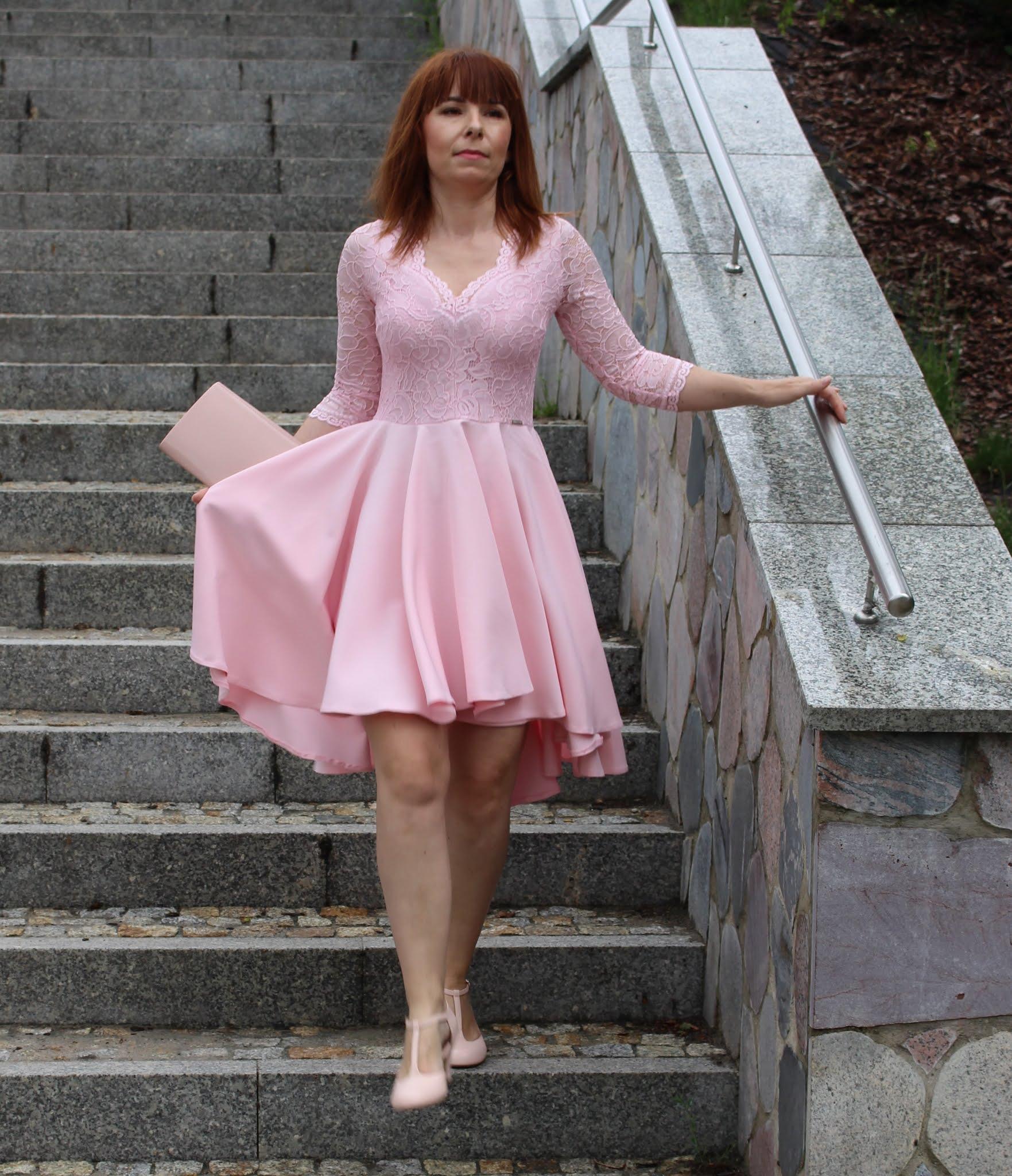 fashion mb sukienka nicolle pastelowy róż