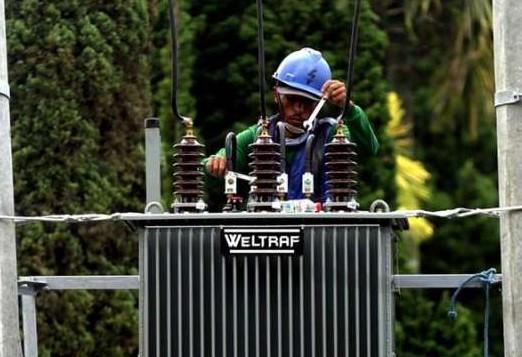 Trafo Bekerja Maksimal dengan Teknisi Maintenance Berpengalaman