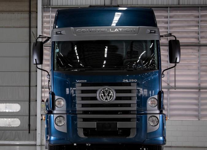 Dunlop fornecerá pneus para caminhões Volkswagen Constellation