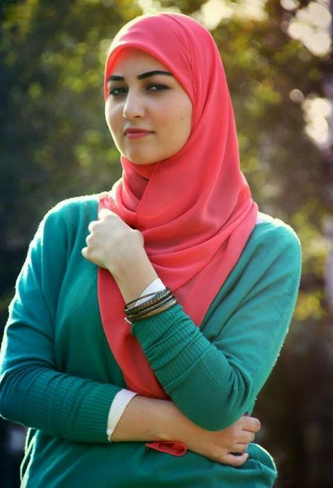 Sexy Girl In Hijab