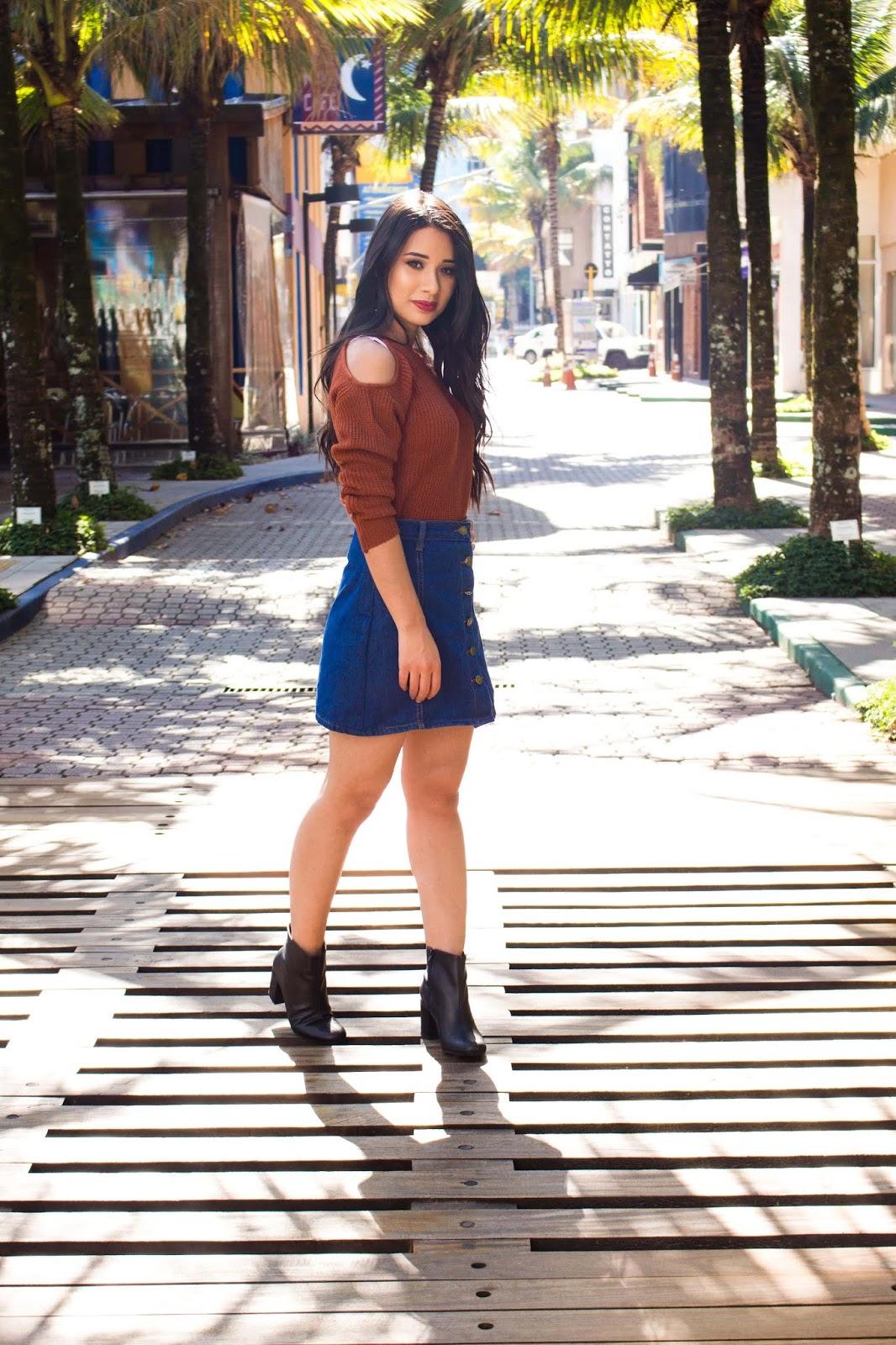 Look do Dia: Blusa de Tricô + Saia Jeans