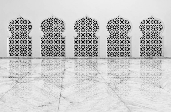 masjid raya aceh menggunakan lantai marmer