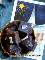http://salzkorn.blogspot.fr/2016/12/advents-brownies-mit-dem-domino-effekt.html