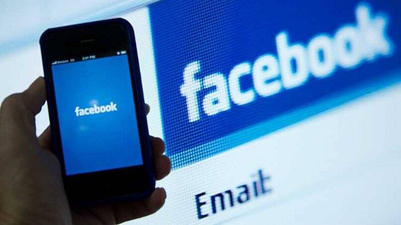 """التخطي إلى المحتوى الرئيسيمساعدة بشأن إمكانية الوصول تعليقات إمكانية الوصول Google حذف أو ألغاء ربط الألعاب المرتبطة بحساب الفيسبوك  الكل فيديوالأخبارصورخرائط Googleالمزيد الأدوات حوالى 175,000 نتيجة (0.66 ثانية)  More videos on YouTube اول شيء الذهاب الى حساب الفيسبوك الذي الالعاب مرتبط به ثم نذهب الى قائمه الحساب ثم الى اعدادات الحساب والخصوصيه ثم اختر الاعدادات ثم اختر تطبيقات ومواقع الويب ثم حدد اللعبه التي تريد ازالتها ثم اضغط على ازاله سيتم ازاله اللعبه حساب الفيسبوك بشكل كامل مزيد من العناصر...•21/07/2020  حذف أو ألغاء ربط الألعاب المرتبطة بحساب الفيسبوك - ...https://profsmax.com › delete-game-face لمحة عن المقتطفات المميَّزة • ملاحظات الفيديوهات  معاينة 5:51 حذف أو ألغاء ربط الألعاب المرتبطة بحساب الفيسبوك مثل ببجي YouTube · المحترف ماكس / Profs Max 21/07/2020  معاينة 5:49 طريقة إلغاء ربط ألعاب و تطبيقات في فيس بوك   كيف الغي ربط ... YouTube · حسن تك HaSaN TeCh 24/09/2020  2:47 حذف التطبيقات و الالعاب المرتبطة بحساب الفيس بوك YouTube · منوعات زيد 27/04/2020  0:42 حذف حساب فيس بوك من لعبه بوبجي YouTube · رضا الوائلي 12/12/2018 عرض الكل  كيف يمكنني إزالة تطبيق أو لعبة قمت بإضافتها على فيسبوك؟https://ar-ar.facebook.com › help انقر على إزالة بجوار الحساب المرتبط لإزالته. لن تتمكن اللعبة أو التطبيق من النشر على يومياتك بمجرد إزالتهما. إذا كنت لا تزال ترى منشورًا قديمًا، يمكنك إزالته.  طرق إلغاء ربط التطبيقات من Facebookhttps://ar.soringpcrepair.com › how-to-untie-a-game-fr... باستخدام الرابط """"تعديل"""" في قسم """"تسجيل الدخول عبر Facebook"""" ، انتقل إلى قائمة الألعاب والمواقع المتصلة. حدد المربع بجوار التطبيقات غير الضرورية وانقر على """"حذف"""" .  كيفية إزالة تطبيق من الفيس بوك - حياتكِhttps://hyatoky.com › برامج وتطبيقات ٠٩/٠٢/٢٠٢١ — النقر على تأكيد الحذف (Delete confirmation) من النافذة التي سوف تظهر لك. النقر فوق خيار إزالة (Remove). التطبيقات والألعاب الموثوقة في الفيسبوك.  خطوات حذف ارتباط الألعاب مع الفيسبوك - مشاكل وحلول في عالم ...https://designermohammed20.wordpress.com › خطوات-ح... ٠١/٠٨/٢٠١٦ — سنشرح هنا طريقة حذف الألعاب من حساب الفيسبوك بحيث لن تستطيع اللعبة عمل أ"""