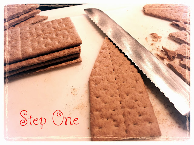 Easy Gingerbread House Tutorial Graham Crackers