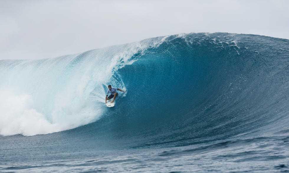 8 Aritz Aranburu Billabong Pro Tahiti 2015 Foto Stephen Robertson