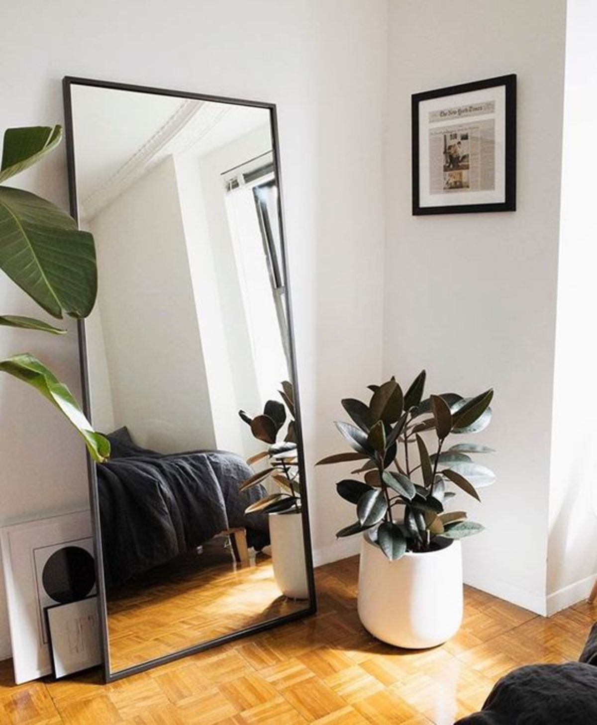 Small Bedroom Renovation & Makeover Concepts