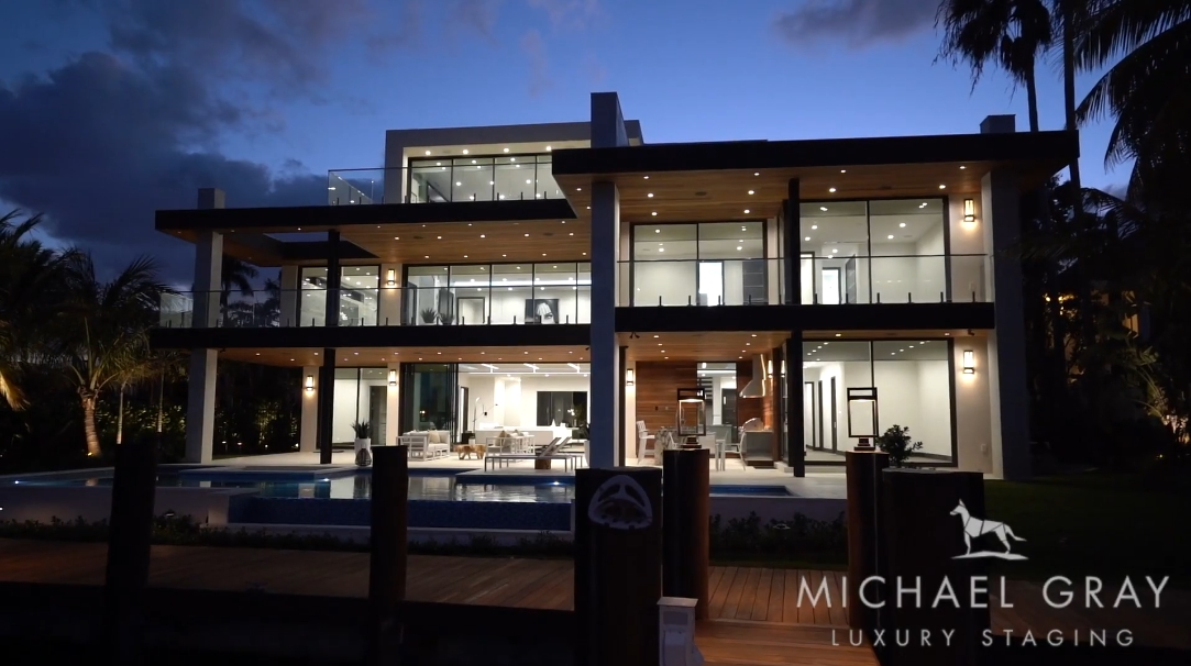 31 Photos vs. 1408 W Lake Dr, Fort Lauderdale, FL Ultra Luxury Home Staged By Michael Gray Interiors