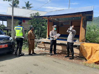 "Kasat Lantas Polres Enrekang Pimpin Penilaian Kampung Tangguh ""Balla Ewako"" di Desa Pekalobean"