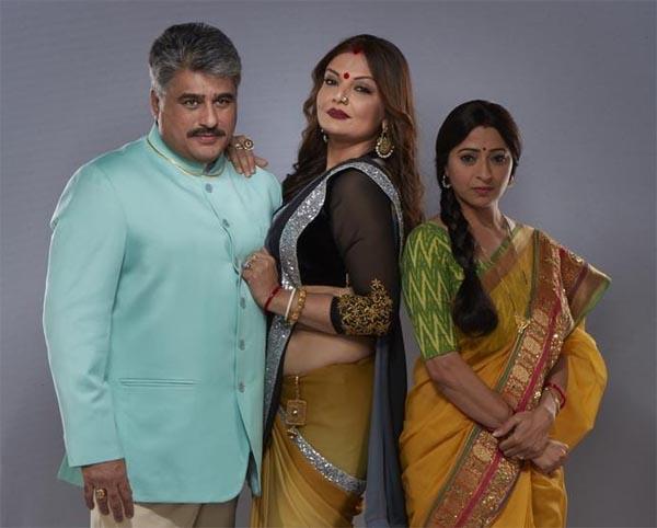 Deepshika Nagpal with Ayub Khan and Reena Kapoor