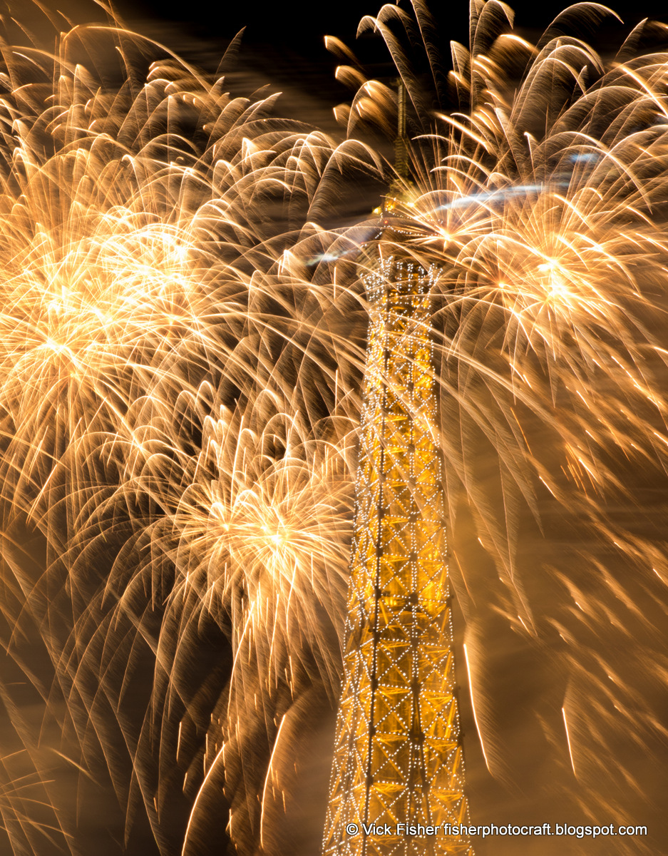 fireworks Eiffel Tower Paris France July 14th Juillet Bastille Day spectacular large photos night light colorful spectacle festival celebration French Vick Fisher copyright 2015