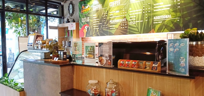 Coffee and Tea: Cafe Amazon (Review by The Graceful Mist | www.TheGracefulMist.com) - Top Lifestyle Blog and Website in Quezon City, Metro Manila, Philippines - Cafe hopping - Cafes, Coffee shops and tea shops near Munoz,LRT Roosevelt and SM North Edsa - Affordable prices with free wi-fi