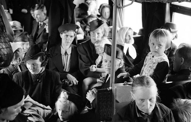 Evacuation of civilians, on July 1, 1941.