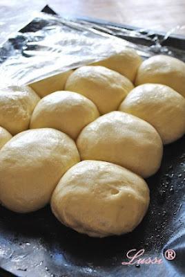 خبز حلزوني بالجبن