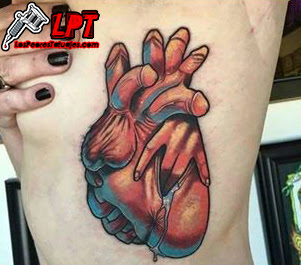 Tatuajes Bizarros : Tatuaje de corazón pervertido