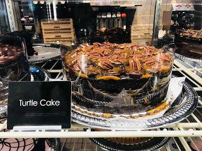 Photo of whole cake