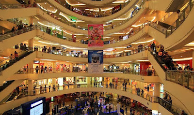 Mall terbesar di Surabaya Tunjungan Plaza