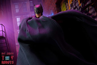 MAFEX Batman (Batman: Hush) 11