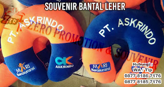 souvenir promosi bantal leher, bantal travel, neck pillow