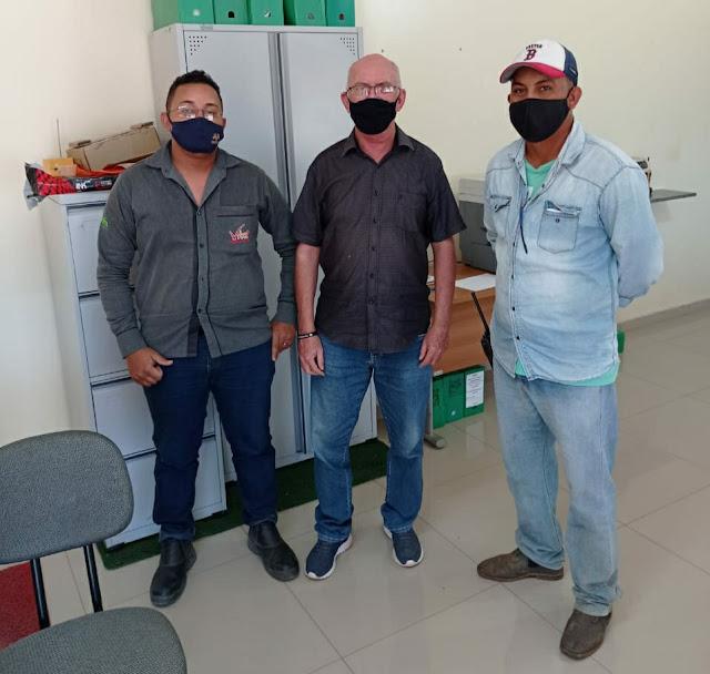 Secretário de Planejamento visita fazenda de fruticultura para acompanhar de perto parceria da Prefeitura e VitaMais