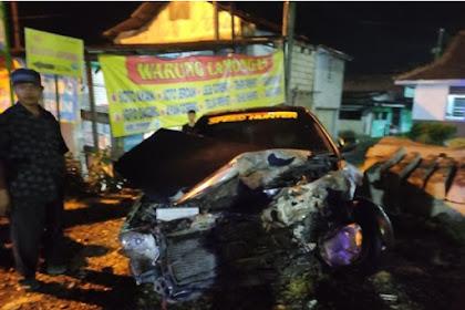 Mobil Sedan Tertabrak KA Disidoarjo Satu Orang Luka- Luka
