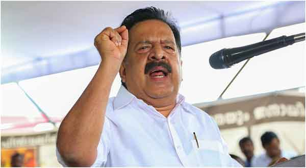 News, Kerala, Thiruvananthapuram, Scam, Pinarayi Vijayan, Chief Minister, Ramesh Chennithala, Ministers, Kerala Congress, Vigilance, Pinarayi Vijayan govt approves vigilance investigation against Chennithala on bar scam
