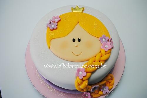 bolo Rapunzel para festa infantil