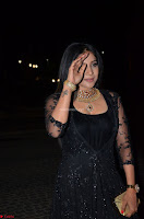 Sakshi Agarwal looks stunning in all black gown at 64th Jio Filmfare Awards South ~  Exclusive 086.JPG