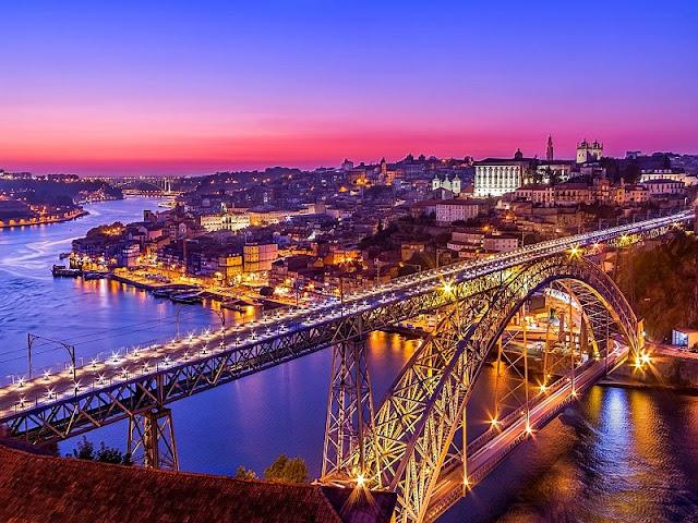 Vista sobre a Ponte D, Luís no Porto