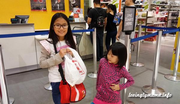 teaching kids how to budget money
