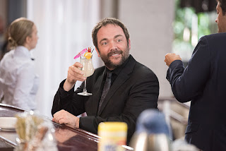 "Mark Sheppard as Crowley in Supernatural 12x03 ""The Foundry"""