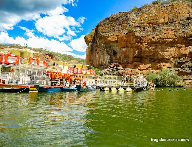 Passeio de barco no Cânion de Xingó, Rio São Francisco