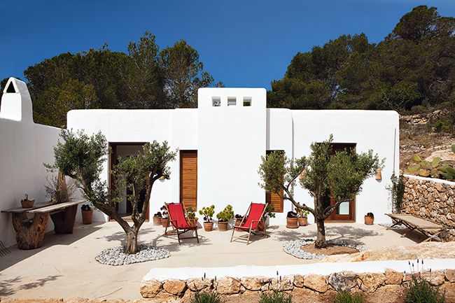 casa-ibiza-decoracion-can-kaki-luis-galliussi