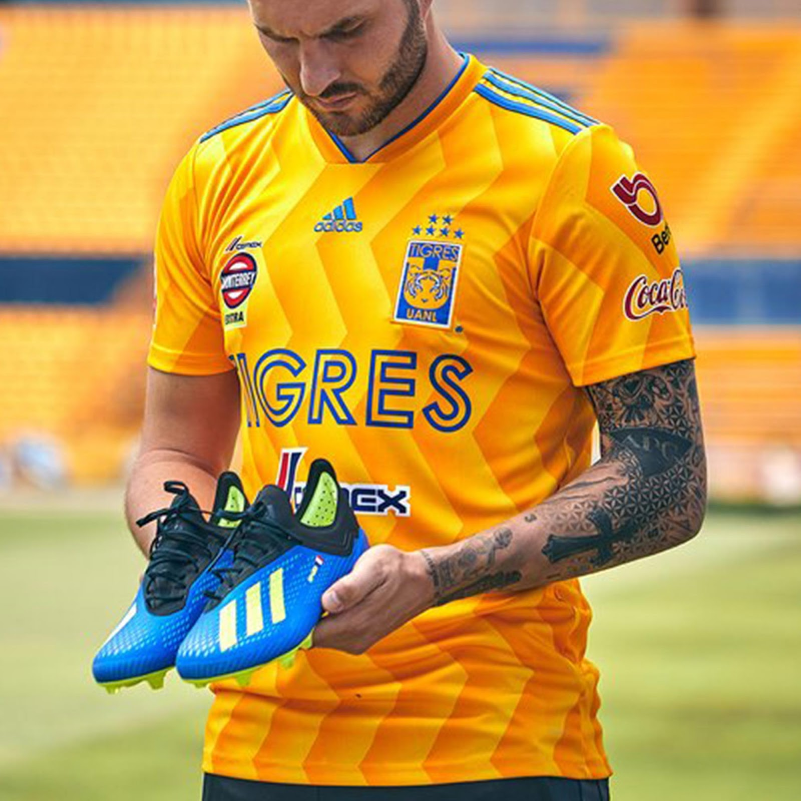 White Shorts ! Adidas Tigres 18-19 Home   Away Kits Released ... 455469878