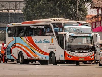 Foto Bus Rosalia Indah Surabaya Solo Merak