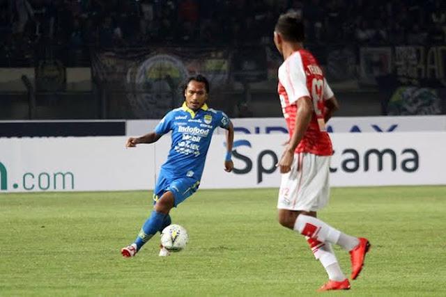 Gol pinalti Hariono jadi kado perpisahan di laga terakhir bersama Persib Bandung