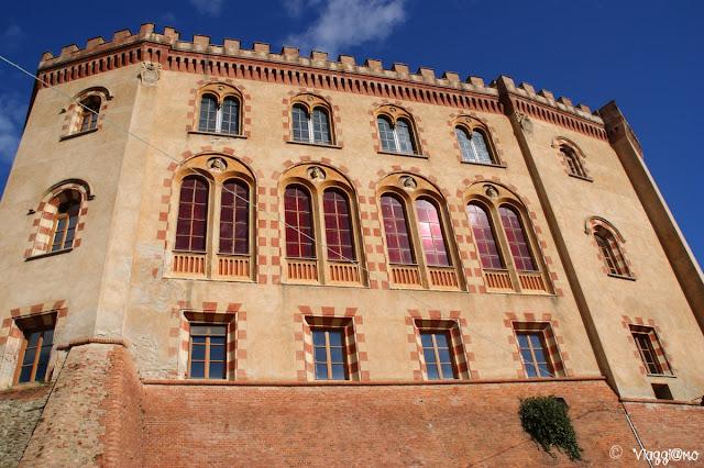 Facciata del Castello di Barolo